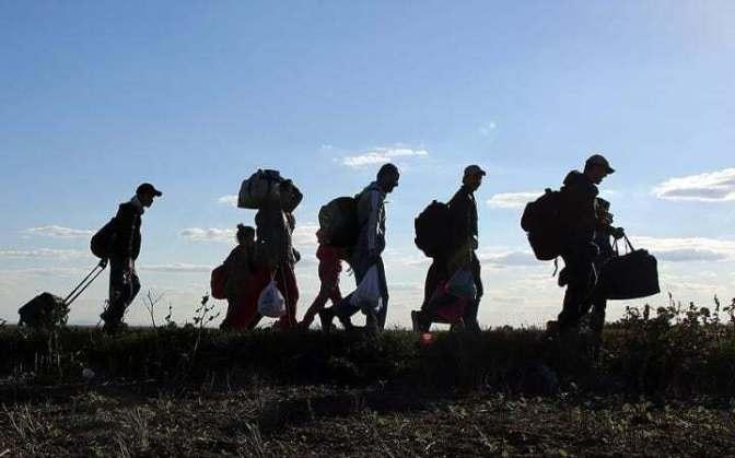 Migrants-walk