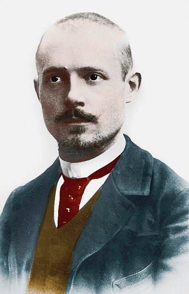 Portrait-Charles-Peguy-1873-1914-ecrivain-poete-essayiste-francais-Lee-Leemage_1_730_590