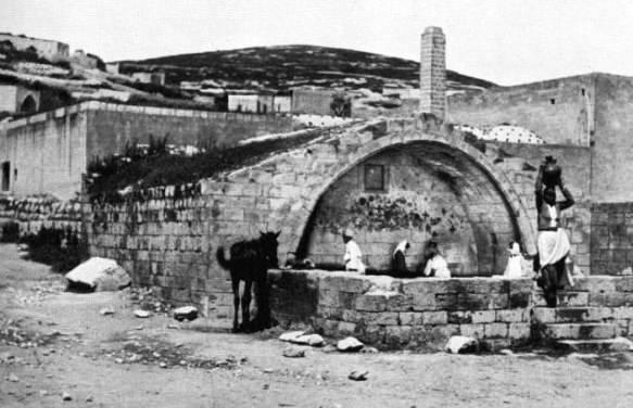 Fountain-1894_483