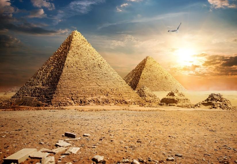 Pyramides-GEO-Ado-2016