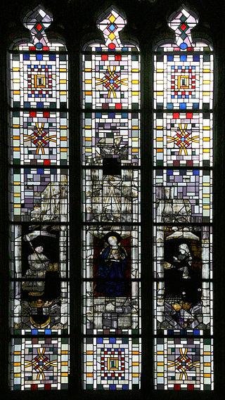 Angers_-_Château_-_Vitrail_dans_la_chapelle_-_20080921.jpg