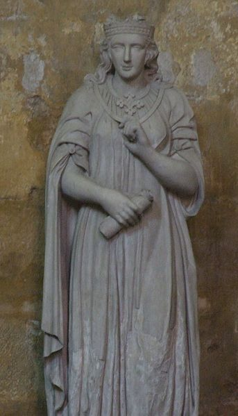 Statue_Beatrice_of_Provence