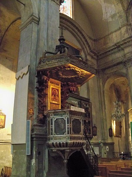 6648-chaire-eglise-saint-esprit-aix-en-provence-