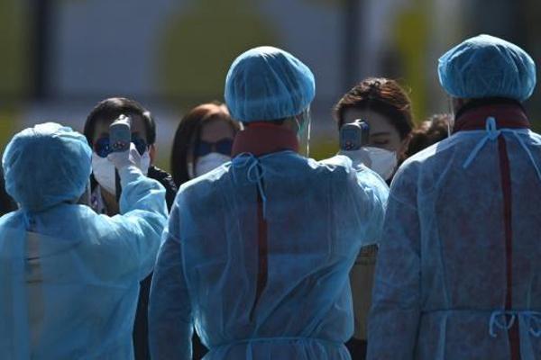epidemies20-corona-navire-diamond-irak