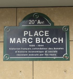 800px-Place_Marc-Bloch,_Paris_20