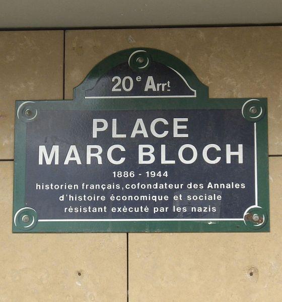 800px-Place_Marc-Bloch,_Paris_20