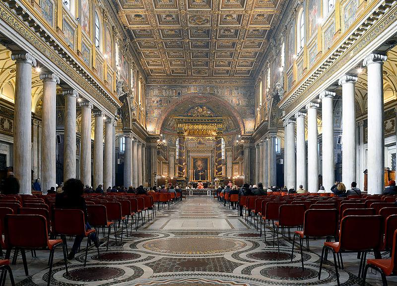 Interior_of_Santa_Maria_Maggiore_(Rome)